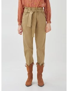 Carrot trousers with Rebel Queen belt