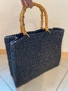 Chica bamboo handle crochet bag